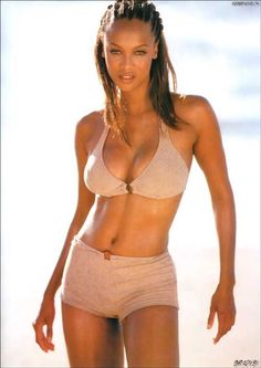 Tyra Banks - Womens Fashion - Picture Gallery