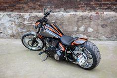 "Harley Softail Bike Breakout ""Californication"" by Nine Hills Motorcycles Custom Harleys, Custom Motorcycles, Custom Bikes, Custom Choppers, Victory Motorcycles, Harley Davidson Chopper, Harley Davidson Sportster, Hd Fatboy, Harley Davidson Breakout Custom"