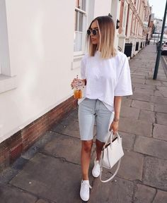 Stylish Work Outfits, Chic Outfits, Fashion Outfits, Fashionable Outfits, Dressy Outfits, Fashion Clothes, Clothes Women, Short Outfits, Summer Outfits