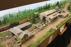 Skip Lyuk's layout – saving the best for (very) last at the 2012 NMRA Conven… - Model Trains Homepage Building Structure, Model Building, Train Ho, Escala Ho, Model Training, Ho Trains, Model Train Layouts, Scale Models, Scenery
