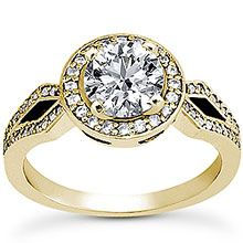 "The ""Yes"" I will marry you ring. Breathtaking Halo vintage Ring in 18K Gold"
