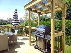 Patio et BBQ Pergola, Bbq, Outdoor Structures, Courtyards, Yard, Barbecue, Barbacoa, Barrel Smoker, Arbors
