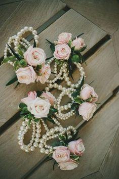Perles et fleurs pour Demoiselle d'honneur