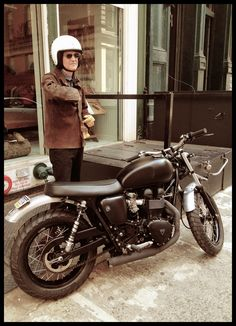 """Hammerhead-Triumph Bonneville. retro and elegant, but not """"hipster"""" poseur.   perfect for cruising the city, or anywhere, and definitely How I Wanna Get There!"""