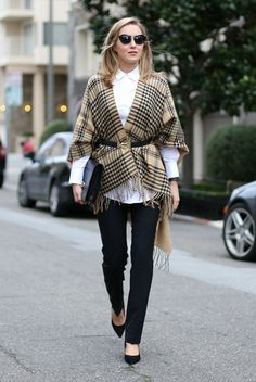Fall / Winter - street style - street chic style - fall outfits - casual outfits - work outfits - business casual - office wear - white shirt + black slim fit pants + black stilettos + beige plaid cape + black skinny belt + black clutch + black sunglasses