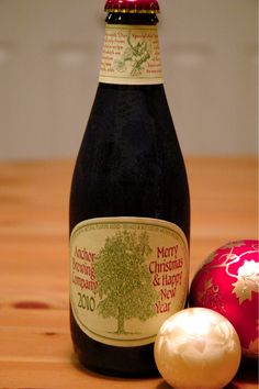 Anchor Brewing Co. - Merry Christmas & Happy New Year 2010,2011, 2012 all 5,5% pullo