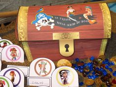 A Treasure Hunt Pirates and Mermaids - a big treasure chest, to be assembled
