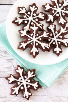 Gluten Free Vegan Chocolate Snowflake Sugar Cookies. Beautiful chocolate snowflakes, with a simple glaze and sparkling sugar. Oh so festive!