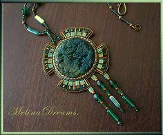 "Купить Кулон ""Дракон"" - дракон, символ, украшения ручной работы, кулон, бисер, тёмно-зелёный Bead Embroidery Patterns, Bead Embroidery Jewelry, Beaded Embroidery, Beaded Jewelry, Beaded Necklace, Indian Jewelry Sets, Bohemian Jewelry, Seed Bead Jewelry Tutorials, Necklace Tutorial"