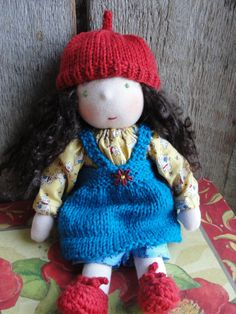 Excellent links to all kinds of waldorf doll tutorials.