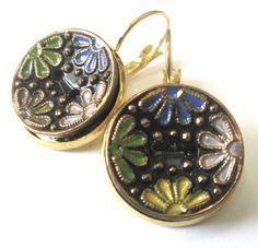 Black glass vintage button earrings Czech by SewSandyShop on Etsy