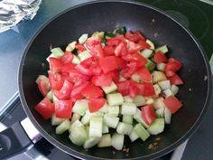 Low-carb Hähnchenbrust mit Zucchini und Tomaten in cremiger Frischkäsesauce   Chefkoch.de