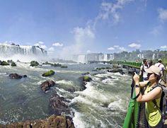 Cataratas do Iguaçu Brasil passarela Acervo