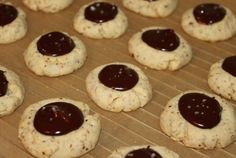 These almond cookies look super easy to make, plus I have some ground almonds that I must use. While the recipe calls for a chocolate filling, I have some homemade strawberry jam that would work well, too.