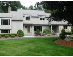 Gorgeous Wynwood built Contemporary with the open and airy floor plan in one of the prettiest neighborhoods in Andover....!!  Beautiful open foyer with curved staircase,  sunken living room , sitting room facing the beautifully landscaped backyard...!! This home has been totally renovated with decorator painting, newer baths and all new hardwood floors in the first and second floor..  Magnificent 26x21 designer kitchen with steel appliances,26x24 Family Room with Cathedral Ceiling and…