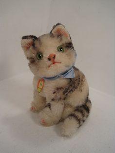 Steiff's Medium Sized Susi Cat With ID