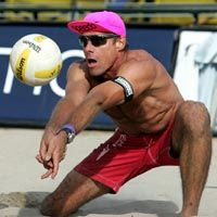 Karch Kiraly God of Beach.the trademark pink Speedo cap Olympic Badminton, Olympic Games Sports, Olympic Gymnastics, Sports Teams, Volleyball Outfits, Beach Volleyball, Famous Volleyball Players, Fun Outdoor Activities, Jordyn Wieber