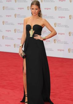 Aswell as all the prestigious awards at last nights BAFTAs , we were keeping an eye on all the gorgeous fashion inspired by The Great Gatsby. Here Millie Mackintosh looks stunning in this black gown with art deco inspired detail. Fashion Idol, Runway Fashion, Girl Fashion, Fashion Outfits, Celebrity Fashion Looks, Celebrity Style, Millie Mackintosh, Red Carpet Looks, Tie Dress