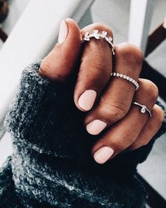 "If you're unfamiliar with nail trends and you hear the words ""coffin nails,"" what comes to mind? It's not nails with coffins drawn on them. It's long nails with a square tip, and the look has. Piercings, Cute Nails, Pretty Nails, Hair And Nails, My Nails, Pink Nails, Nail Ring, Nail Nail, Nail Polish"