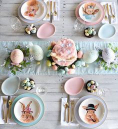 Pastel Easter Brunch Tablescape Modern Easter Place Settings images modern table settings Hippity Hoppity Easter's On Its Way! Easter Table Settings, Easter Table Decorations, Easter Decor, Easter Ideas, Easter Centerpiece, Table Centerpieces, Decoration Party, Bunny Party, Easter Party