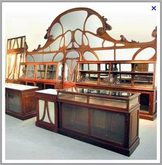Art Nouveau bakery interior, carefully removed from a turn-of-the-century bakery Interior Art Nouveau, Architecture Art Nouveau, Art Nouveau Furniture, Art Nouveau Design, Architecture Design, Antique Furniture, Muebles Estilo Art Nouveau, Muebles Art Deco, Art Nouveau Arquitectura