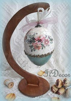 Frühjahr Buying a Watch? Easter Egg Crafts, Easter Projects, Easter Gift, Easter Egg Pictures, Decoupage, Easter Drawings, Easter Egg Designs, Ukrainian Easter Eggs, Coloring Easter Eggs