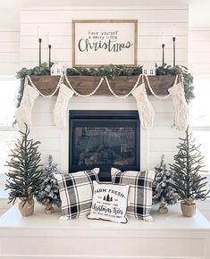 You can add warmth and charm to your home with the help of various fireplace farmhouse decor ideas. The fireplace designs will suit well for the small area and can be a source of pleasure and entertainment during chilly winter… Continue Reading → Christmas Farm, Farmhouse Christmas Decor, Christmas Mantels, Merry Little Christmas, Christmas Holidays, Holiday Decor, Christmas Fireplace Decorations, Xmas, Apartment Christmas Decorations