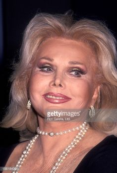 Photo d'actualité : Actress Zsa Zsa Gabor attends the taping of 'The...