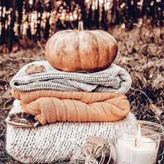 good morning everyone 🍂🧡 ~ tags: fall autumn leaves red orange yellow cold halloween trickortreat spooky apples cool chilly costume candy boo skeletons pumpkin jackolantern september october food thanksgiving Halloween Tags, Fall Halloween, Halloween Bedroom, Halloween Party, Fall Inspiration, Autumn Cozy, Autumn Fall, Fall Harvest, Autumn Feeling