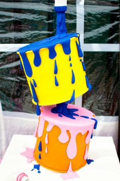 Little Big Company | The Blog: A Super Creative Painting Party by It's a Cake Thing by Jhoanee Paint tin cake by It's a Cake thing by Jhoanee