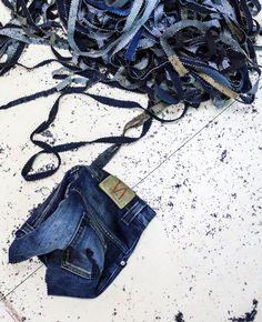 Gerecyclede denim kleden van spijkerbroekenmerk Nudie Jeans - Roomed