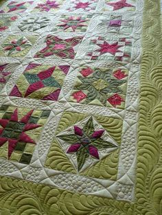 star quilts | here s my favorite view notice how the circle quilting forms the stars ...