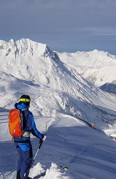 Directly from the slopes into the powder! 700m vertical!