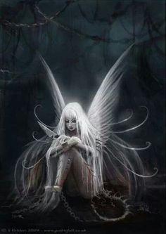 Dark Fairy I lovee dark fairies because they look prettier and cooler