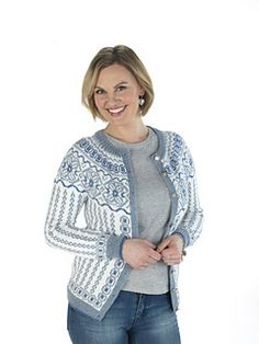 Ravelry: Familienkofta pattern by Trine Lise Høyseth Fair Isle Knitting Patterns, Knit Patterns, Sweater Patterns, Knitting Ideas, Cardigan Design, Knit Cardigan, Nordic Sweater, Ravelry, Knit Crochet