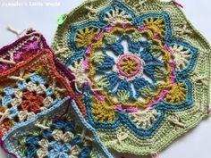 Resultado de imagem para blanket crochet blue and white like tiles Easy Crafts For Kids, Crochet Blanket Patterns, Hama Beads, Travel Vegas, Persian, Craft Projects, Tiles, Blue And White, Crafty