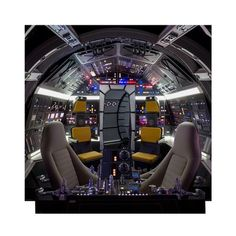 Advanced Graphics Cockpit of Millennium Falcon Backdrop™ Star Wars Han Solo Cardboard Standup Star Citizen, Star Wars Room, Star Wars Art, Lego Star Wars, Star Trek, Star Wars Collection, Millennium Falcon, Life Size Cardboard Cutouts, Nave Star Wars