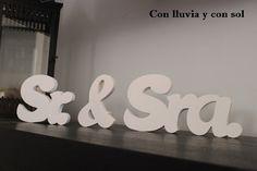 Decoración infantil personalizada y letras decorativas: SEÑALIZACIÓN PARA LA BODA DE LORENA