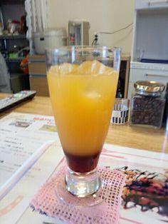 フルーツアイスティーオレンジ味を飲んでいますなう。