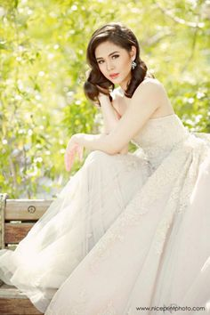 Janella Salvador and her post-debut photos 18th Debut Theme, Debut Themes, Debut Ideas, Pre Debut Photoshoot, Debut Gowns, Filipina Actress, Female Portrait, Portrait Poses, Gown Photos