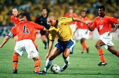 Ronaldo (Brasil) vs Frank de Boer (Holland), on the right Aaron Winter (Holland) - 1998 World Cup