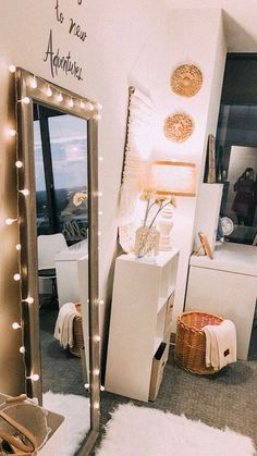 cool and cute teen room decorating ideas in style with lighted bedroom de. - cool and cute teen room decorating ideas in style with lighted bedroom decor for your dream - Cute Room Ideas, Cute Room Decor, Teen Room Decor, Bedroom Decor, Bedroom Ideas, Bedroom Inspo, Cute Teen Rooms, Aesthetic Room Decor, Decoration Inspiration