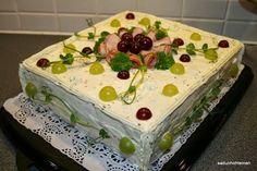 kinkkuvoileipäkakku Iso, Desserts, Tailgate Desserts, Deserts, Postres, Dessert, Plated Desserts