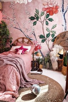 home decor dreams Find Tons of Decor Inspiration in This Quirky and Colorful UK Home habitació pequeña.Bold and Eclectic Home Decor Styling Ideas Bohemian Bedrooms, Bohemian Decor, Bohemian Style, Vintage Bohemian, Bohemian Interior, Hippie Boho, Boho Chic, Bohemian House, Bohemian Design
