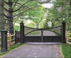 Gate Lighting Ideas Perfect 5 On Driveway Gates Traditional Home ...