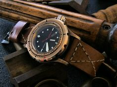Vintage watch with bronze style looks great. Do you like vintage watches or not? Check more photos in my instagram http://ift.tt/2l8XI1t