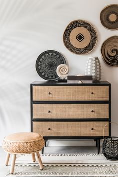 Many householders pay little consideration to rattan furnishings at shops as a result of they underestimate the strengths of rattan. Rattan Stool, Rattan Furniture, Diy Furniture, Furniture Design, Barbie Furniture, Furniture Outlet, Accent Furniture, Discount Furniture, Garden Furniture