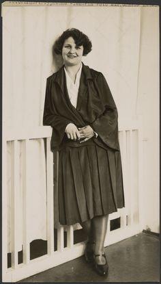 Typical Viennese woman (Typische Wienerin).; August Sander (German, 1876 - 1964); about 1930 - 1931; Gelatin silver print; 24.4 x 14 cm (9 5/8 x 5 1/2 in.); 84.XM.126.526; Copyright: © J. Paul Getty Trust