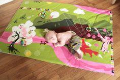 plus de 1000 id es propos de tapis d 39 eveil id es de realisation sur pinterest tapis de jeu. Black Bedroom Furniture Sets. Home Design Ideas