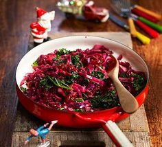 Try this festive red cabbage with cranberry sauce, red wine and orange as a side dish for Christmas dinner. The flavours are as vivid as the colours Red Cabbage Recipes, Easy Chicken Recipes, Veggie Recipes, Savoury Recipes, Veggie Dinners, Cake Recipes, Christmas Dinner Menu, Vegetarian Cabbage